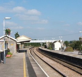 Castle Cary is the nearest railway station to Glastonbury