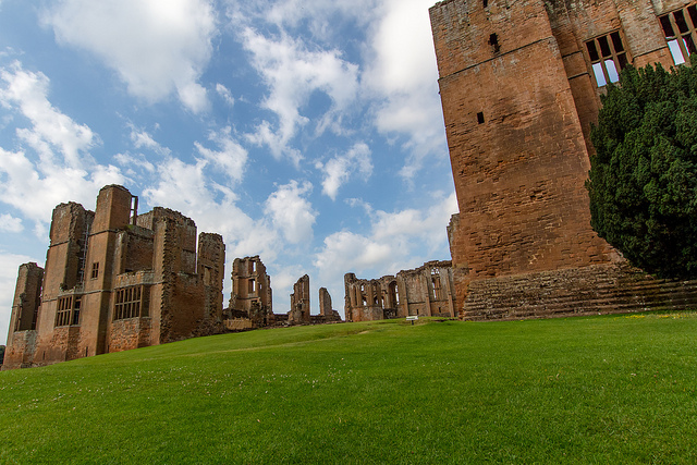 Kenilworth Castle on a Summer day. Image: Nathan Reading, Flickr