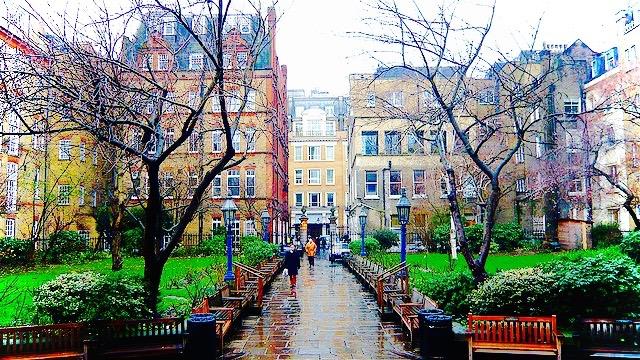 St Pauls Church Garden, Covent Garden. Image: Harry Rawford, Flickr