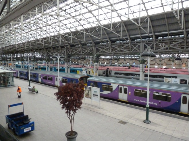 train times from london euston to manchester piccadilly